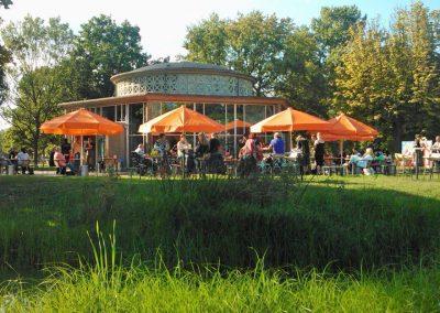 T-Huis Arnhem heeft een prachtig terras in het park Presikhaaf
